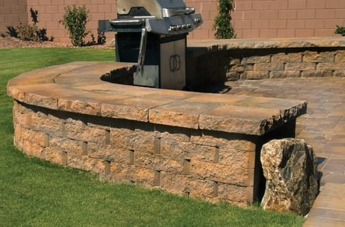 mesa wall barbecue area